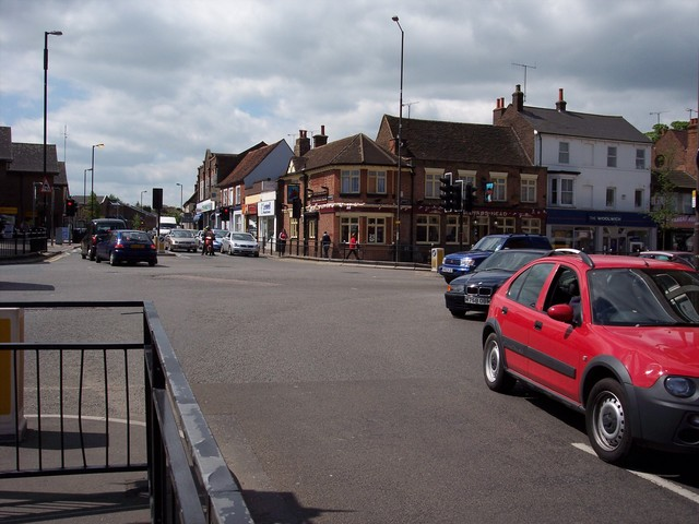 Dunstable was founded by King Henry I where Watling Street crossed the Icknield Way in 1109.  Today it is a busy town junction.