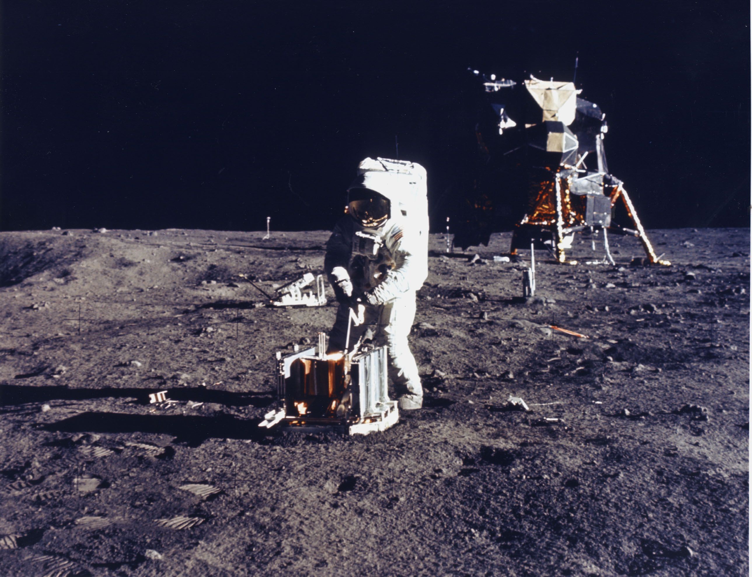the space race and apollo 11 The race was over by point, america had won with apollo 11 and the soviets were focused on space stations apollo 13 might have contributed in some way to cutting the last two flights from apollo (18 and 19.