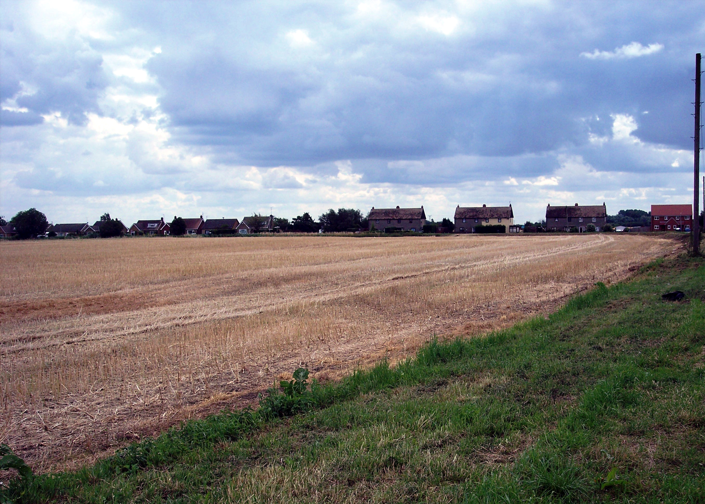The Smeeth is a an area of good arable land between King�s Lynn and Wisbech. However it was once a wild area comprising of 1572 acres of boggy marshland surrounded to the south by Fenland with reeds and large pools of water.