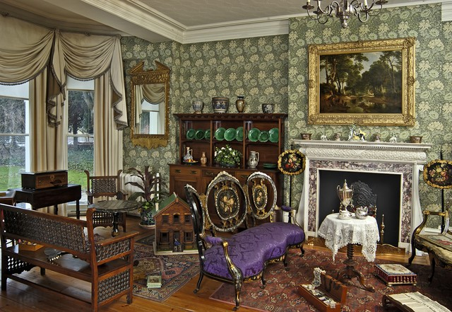 Inside a victorian house nen gallery for Rooms in a victorian mansion