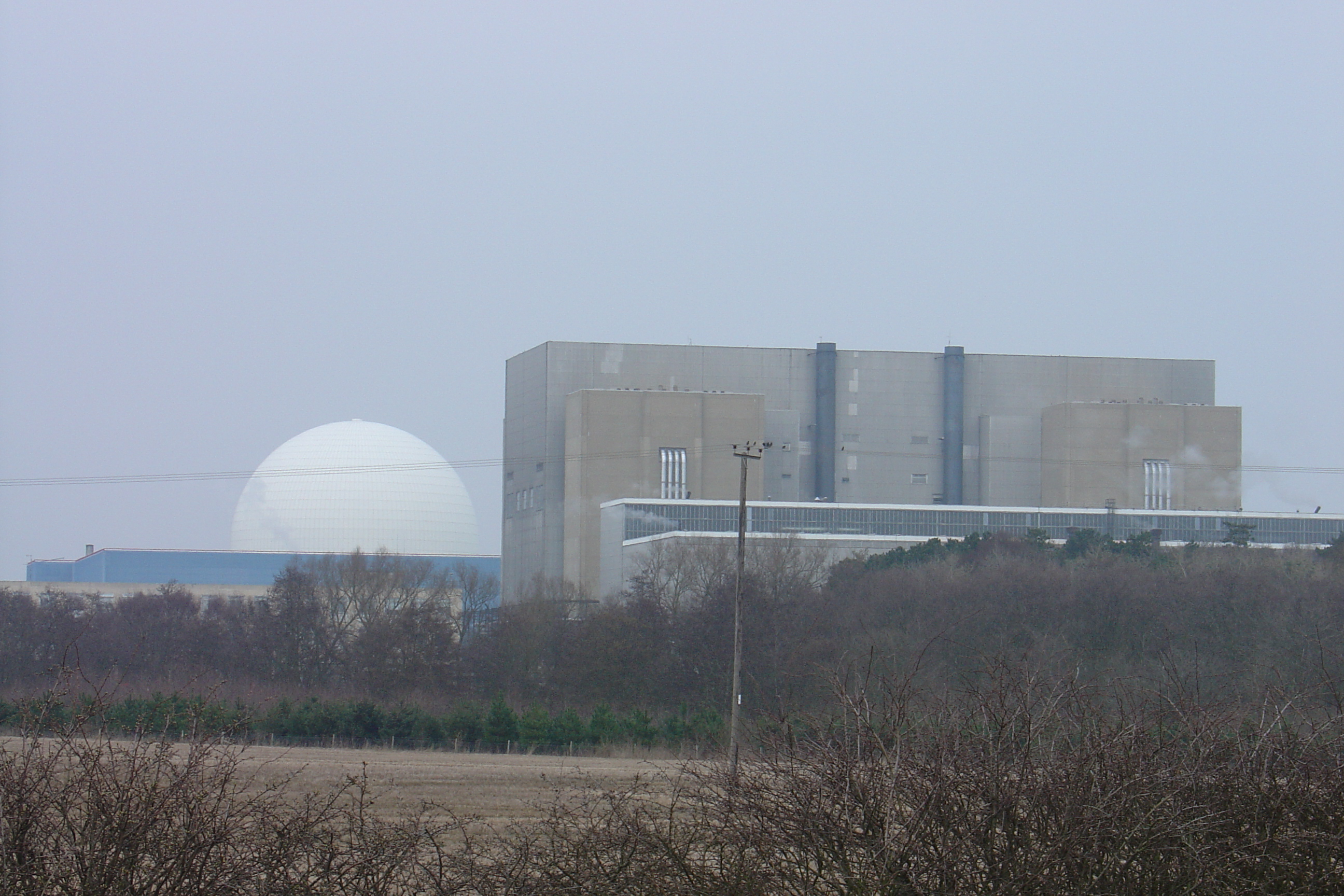 There are two nuclear power stations at Sizewell.  Sizewell A started generation in 1966. It consists of two 1000 MWt Magnox reactors, producing a total output of 420 MWe. The power station is due to start decommissioning in 2007. The Sizewell B nuclear reactor is UK's only large pressurised water r...