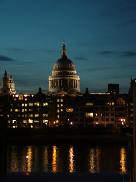 Views of St.Paul's Cathedral, London, at night