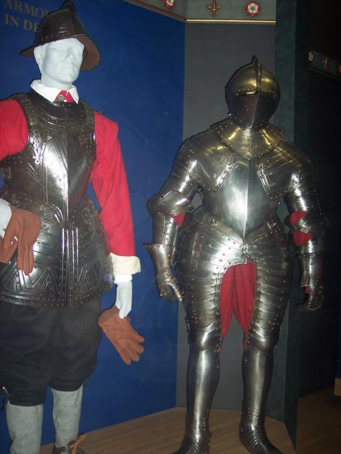 Plate armour was in decline in the 17th century. Due to more powerful guns and gun powder, thicker armour was required and many refused to wear it. Pike men still had armour for close contact battles but musketeers only had a small steel plate under their caps.