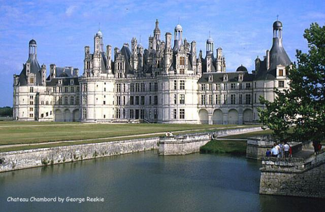 The royal Château de Chambord at Chambord, Loir-et-Cher, France is one of the most recognizable châteaux in the world because of its very distinct French Renaissance architecture that blends traditional French medieval forms with classical Italian structures.