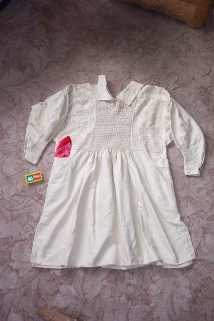 Agricultural workers's smock believed to have been worn by one of the Grace family, farmers of Tring