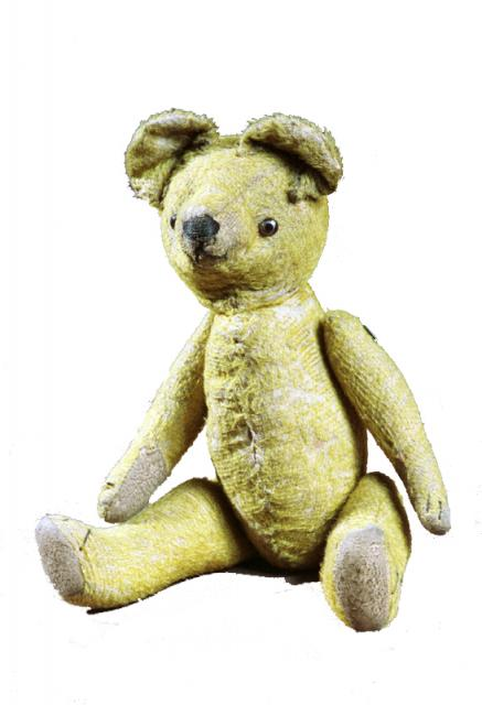 How can you tell that this bear is an old toy?