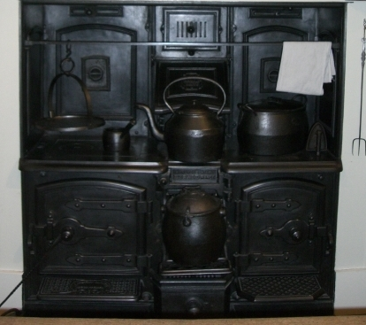 How did you heat water in a Victorian house? Did you use the hot tap? Most Victorian houses had a range cooker - a large oven which was used for cooking all the meals on and for heating water. Maids would have had to have swet this clean every morning. You can see this range at Chelmsford Museum. It...