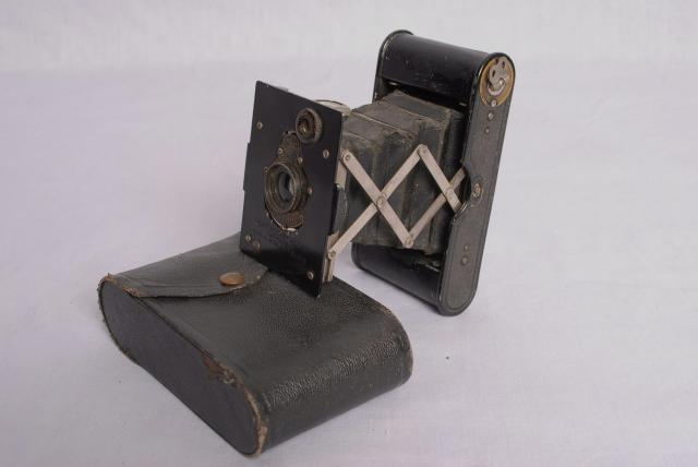 This was the type of Camera taken into the Battlefield area during WW1. Up to 1916 all photography on the front line was forbidden, the only pictures obtained were smuggled out, as the government was trying to prevent the people at home from realising the true horrors. Later reporters and photograph...