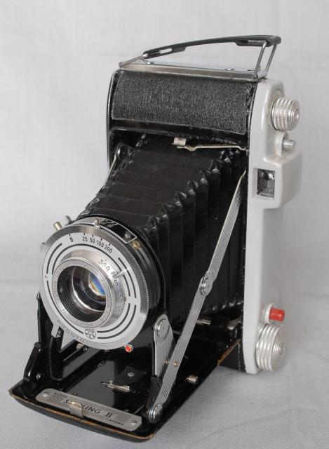Similar in style to the Kodak Junior I and II, this camera is slightly more sophisticated with its front-cell focusing lens in a four speed shutter with fully adjustable iris.