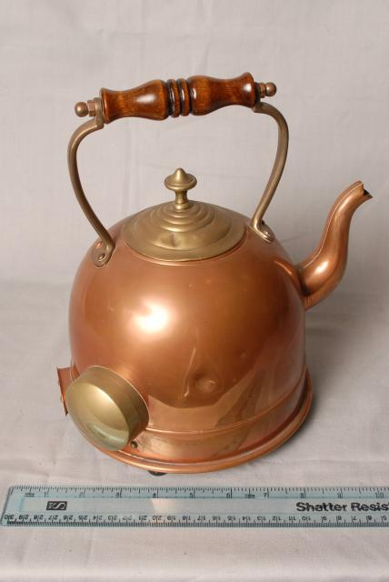 Early kettle made of Copper, heated electrically.