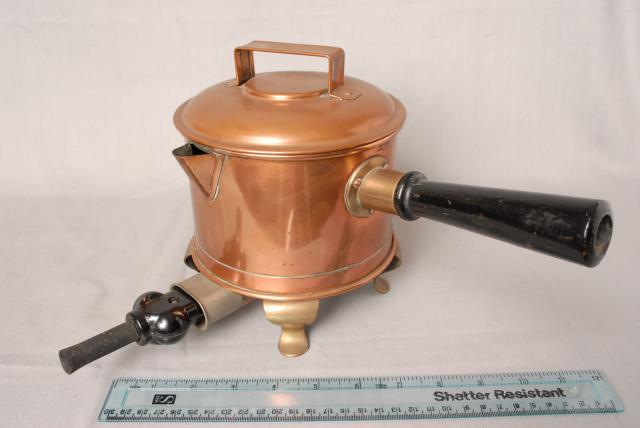 An electric copper saucepan, this type of saucepan didn't really take off.