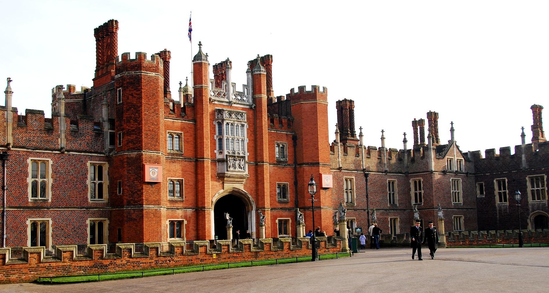 Hampton Court Palace Tudor Front Nen Gallery