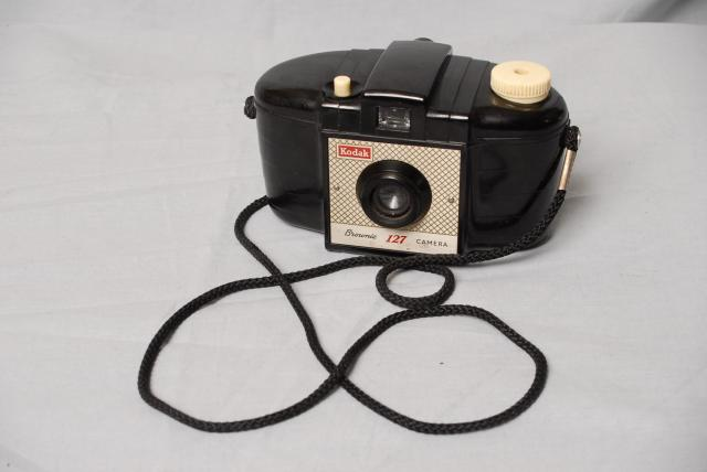 "This was another example of the ""Brownie"" series, it is made of bakelite and was very easy to use.