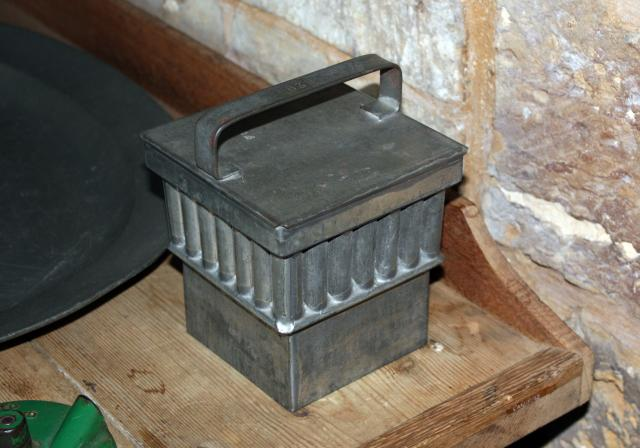 Pewter mould for jellies etc.