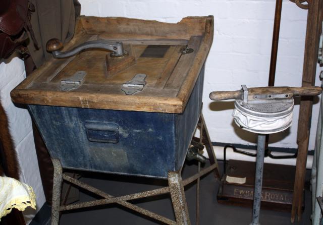 The Housewife's Darling' Washing Machine: NEN Gallery