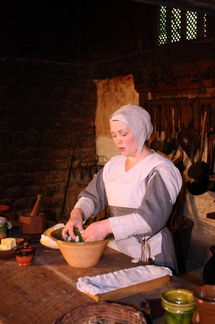 Tudor cook preparing gingered bread