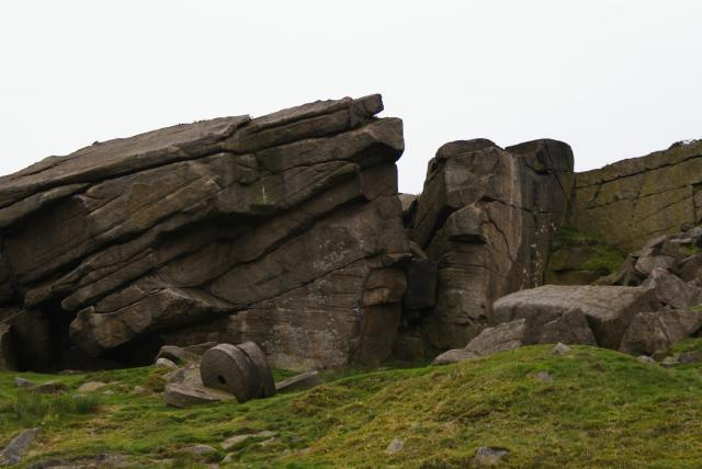 Stanage Edge north of Hathersage in Derbyshire.