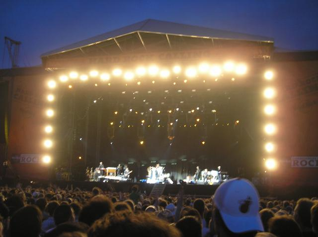 The 2009 Hard Rock Calling Festival took place at Hyde Park, London on 26 - 28 June. The headline acts were The Killers (friday), Neil Young (saturday) and Bruce Springsteen (sunday). Approx 50,000 people attended the event each day.