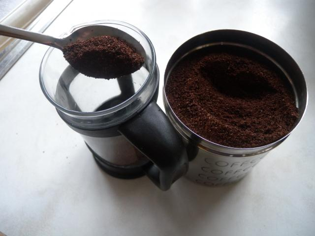 There are many ways of making coffee.  Instant coffee is popular because it is quick and easy. A cafetiere is a coffee maker in which the ground coffee is placed, boiling water is put in, the coffee is stirred and then a lid with a mesh attachment is lowered into the coffee mix. The mesh stops the c...