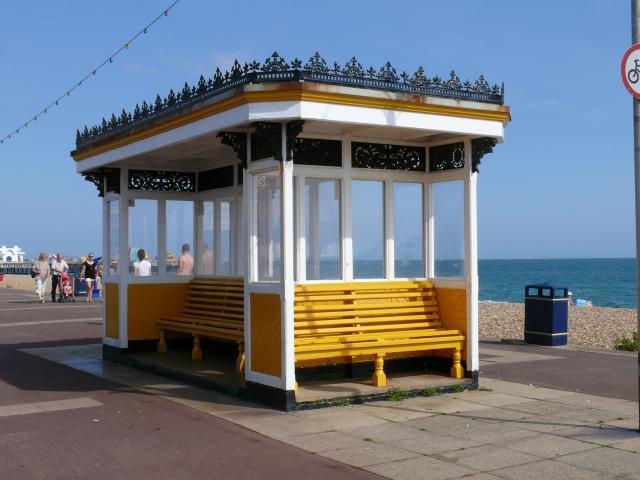 Photograph taken in Southsea, August 2009.