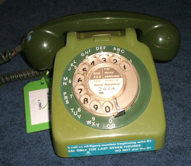 This type of telephone replaced the 300 series, it was made in many different colours and some were even two tone like this one