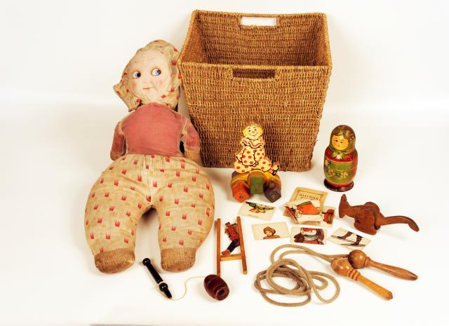 1920s toy box belonging to Joyce, used in the Toys school session.  Contains: