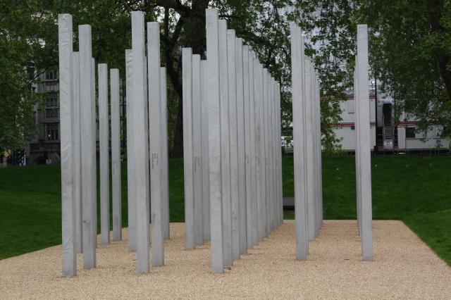 The unveiling of the London Bombing Memorial in Hyde Park coincided with the fourth anniversary of the 7th July bombings. The memorial is intended to act as a permanent tribute to the Londoners who lost their lives when travelling by Tube or bus on 7th July 2005.
