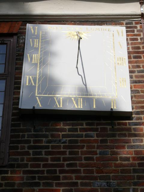 This sundial has the motto 'Non Sine Lumine' meaning not without light.