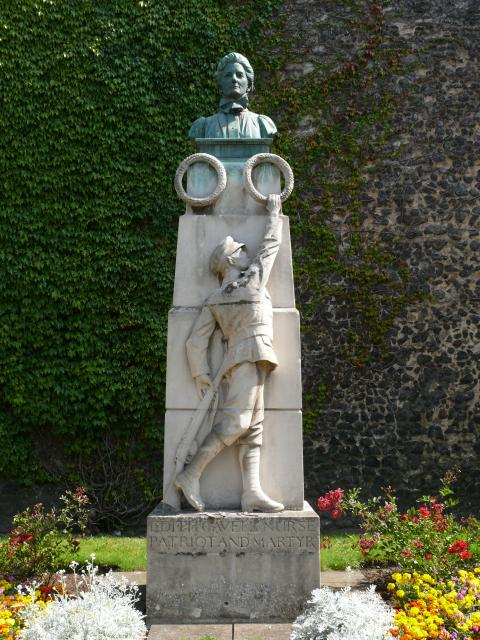 This memorial is close to Norwich Cathedral and the city walls. Edith Cavell was shot by the Germans for helping the escape of Allied prisoners from occupied Belgium.