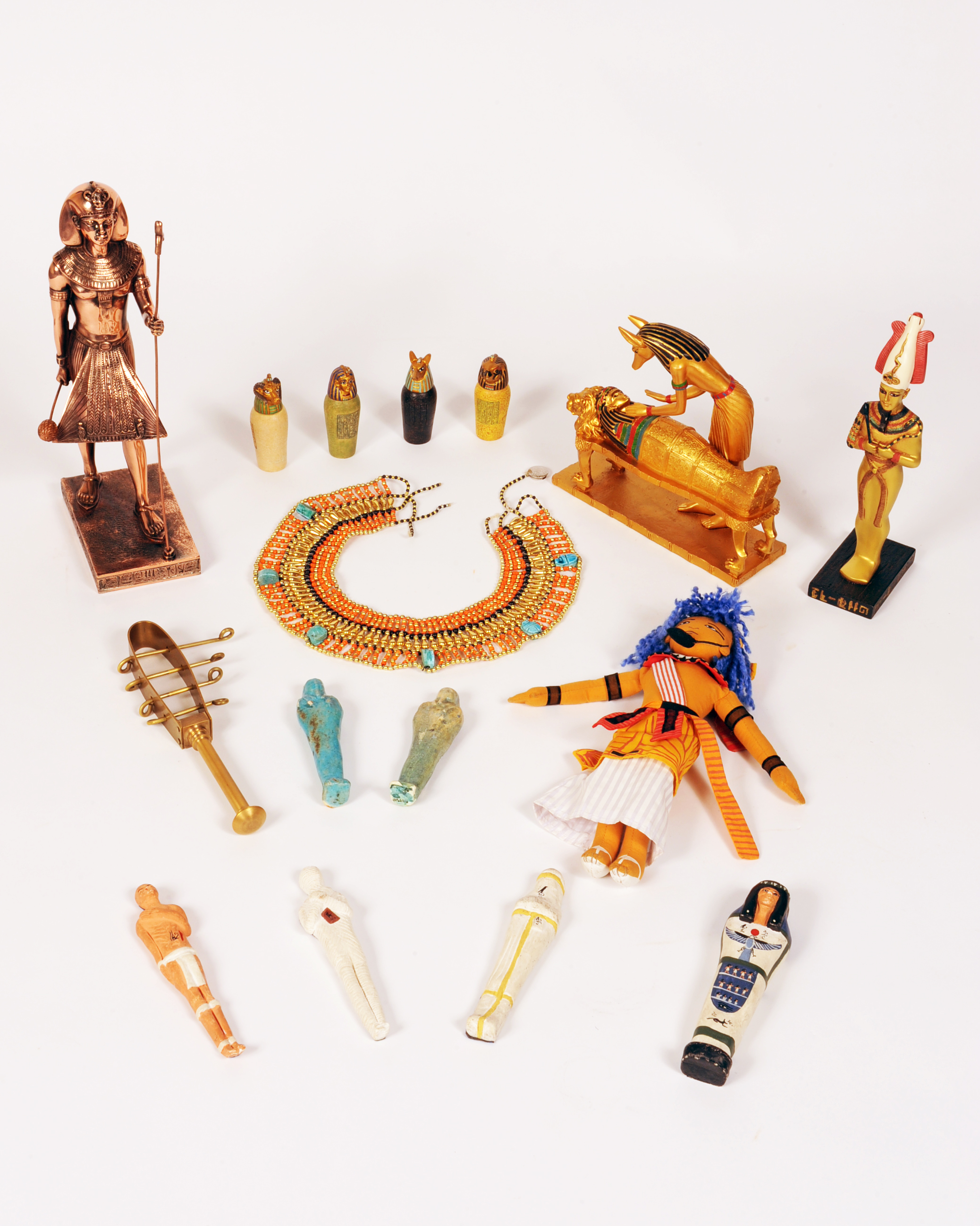 A Day in the Life of Ancient Egypt - Replica items: