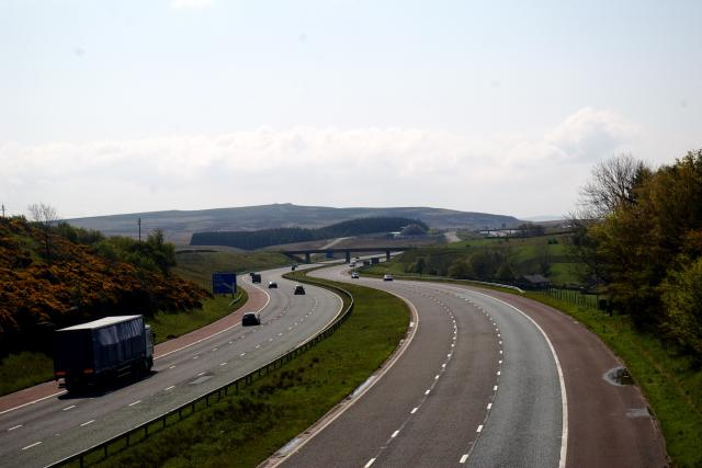 M6 North from foobridge near Shap