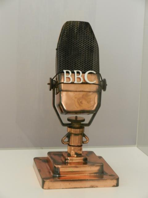 Vivien Leigh, celebrated star of Gone with the Wind, recorded classic radio drama at Broadcasting House, using this iconic BBC microphone, in 1942.