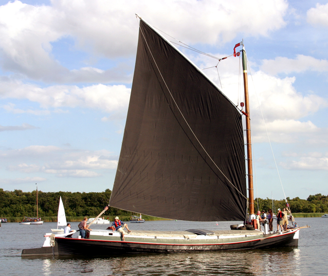 Please post photos of clinker / lapstrake sailing boats over 25 foot